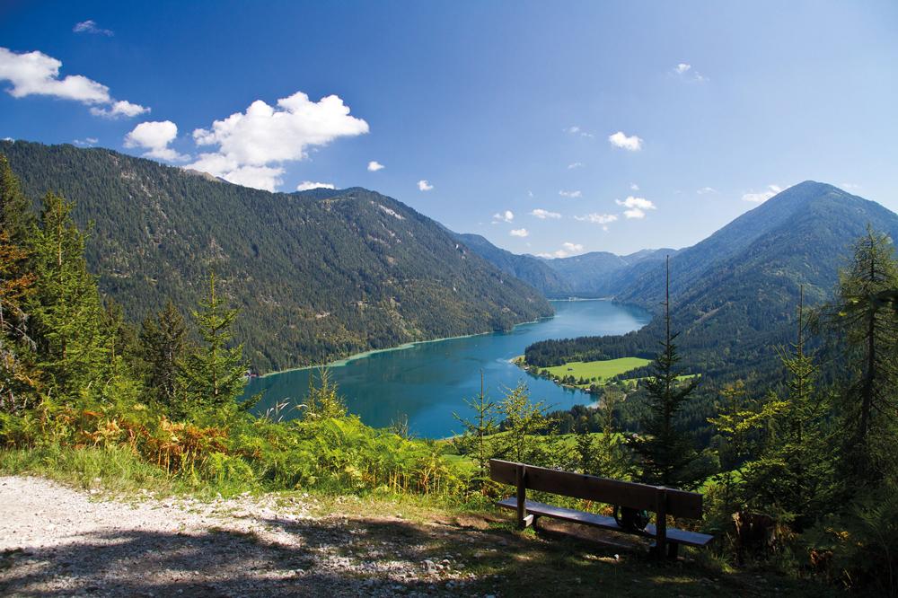 lake Weissensee in Carinthia