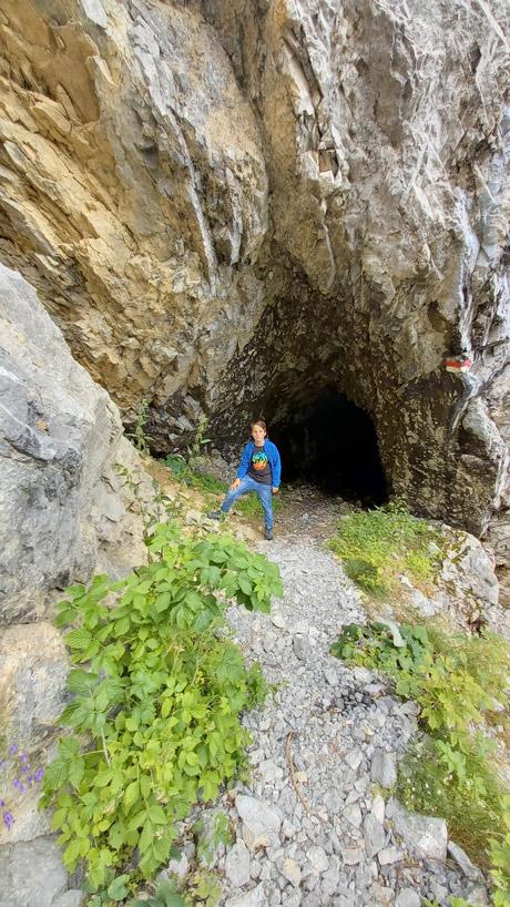 Eingang zum Stollen am Südsteig des Malurchs